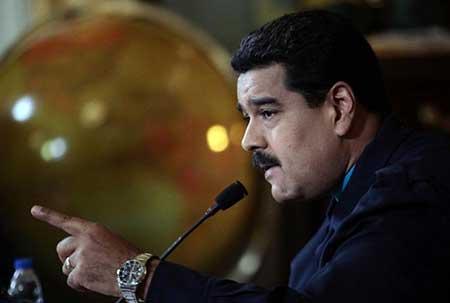 Venezuela: Maduro demande des pouvoirs spéciaux en riposte aux sanctions US.