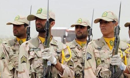 Iran: huit militaires tués par des terroristes à la frontière pakistanaise.