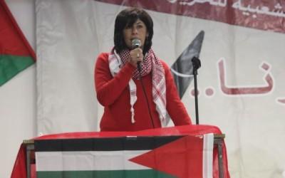 L'armée israélienne arrête une députée palestinienne.