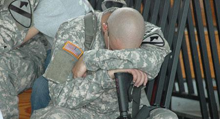 Le Pentagone peine à remonter le moral de ses soldats.