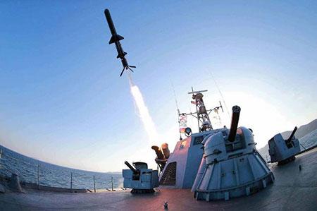 Pyongyang effectue un tir d'essai d'un nouveau missile balistique sous-marin.