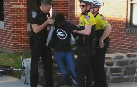 les 6 policiers formellement inculpés pour la mort de Freddie Gray