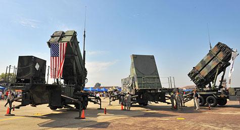 Les USA menacent de déployer des missiles en Europe, Moscou mets en garde.