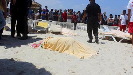 Carnage dans un hôtel en Tunisie: 38 morts, en majorité des touristes