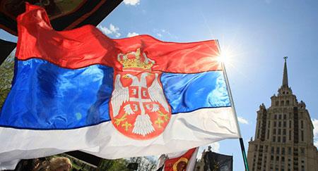 61% des Serbes préfèrent une alliance avec la Russie plutôt qu'avec l'UE.