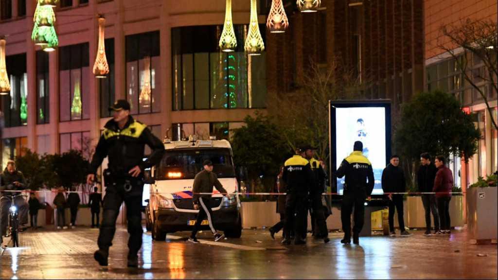 Attaque au couteau à La Haye: trois mineurs blessés, la police traque l'auteur