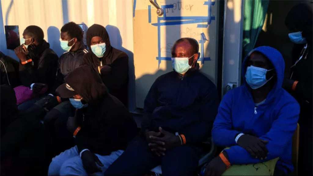Italie: plus de deux cents migrants bravent la quarantaine en Sicile