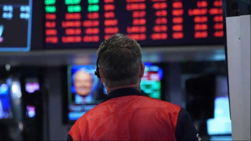 Coronavirus: le choc s'étend, l'économie plonge dans le rouge de par le monde