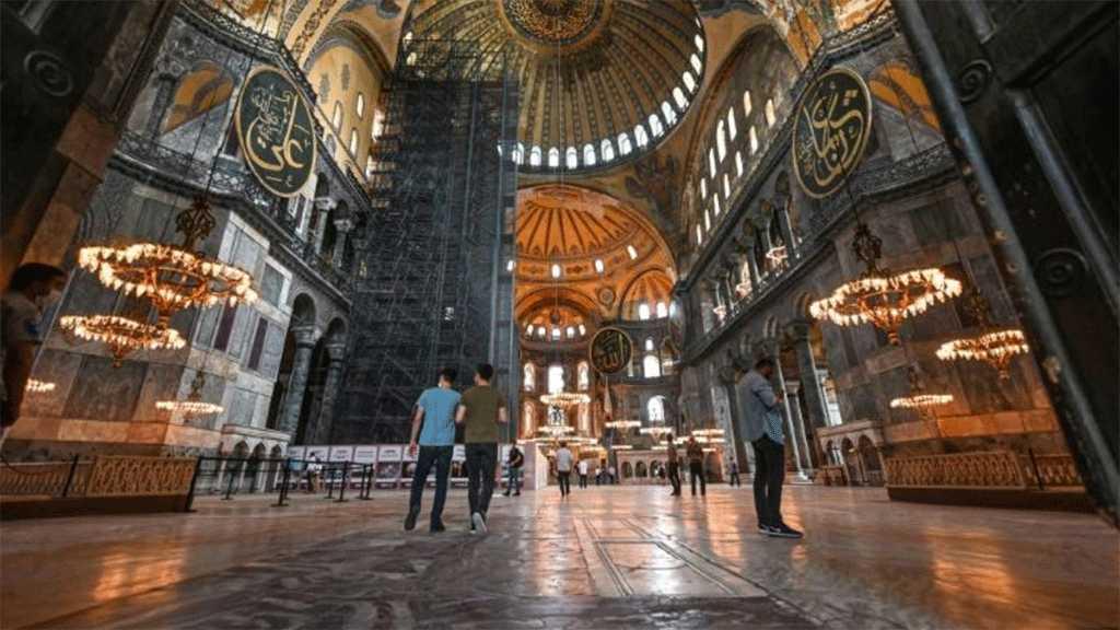 Velayati a félicité la Turquie pour la reconversion de Sainte-Sophie en mosquée