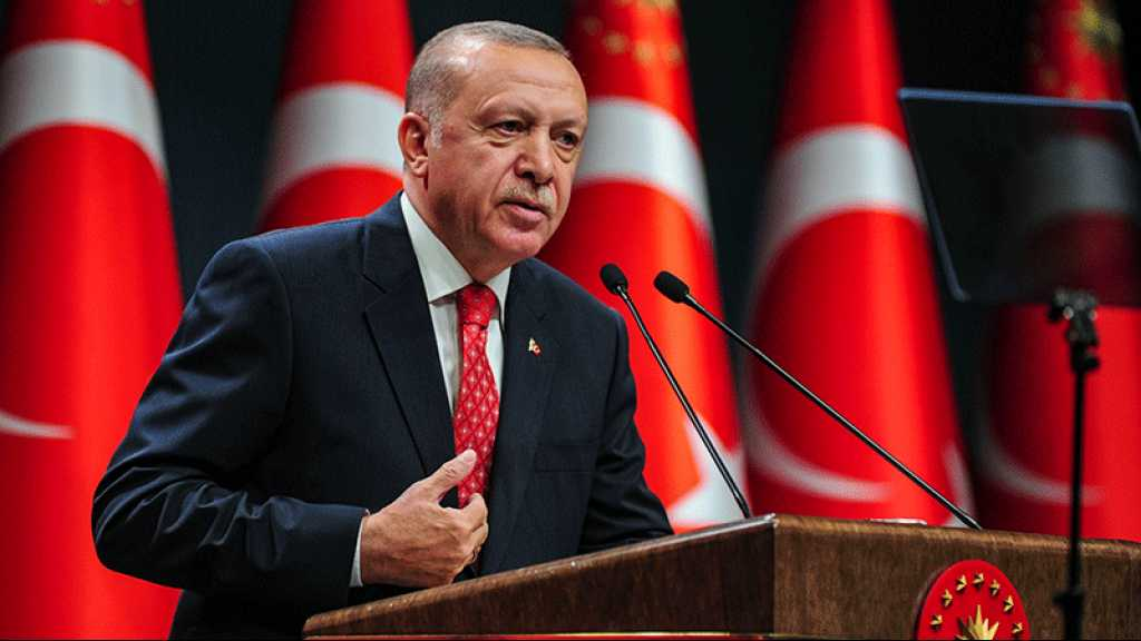 Erdogan accuse Macron de «colonialisme» et de «spectacle» au Liban